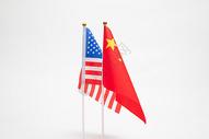 中美国旗【根据相关法律法规,国旗图案不得用于商标和广告】图片