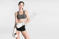 戴拳套的健身美女501041973图片
