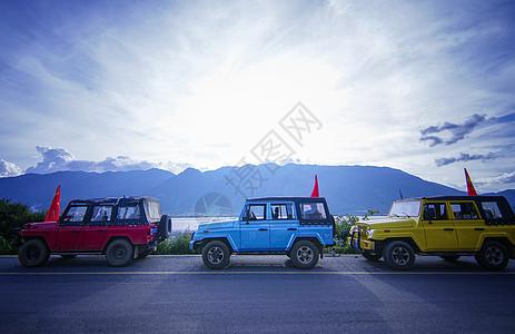 国庆五星红旗吉普车旅游车队图片