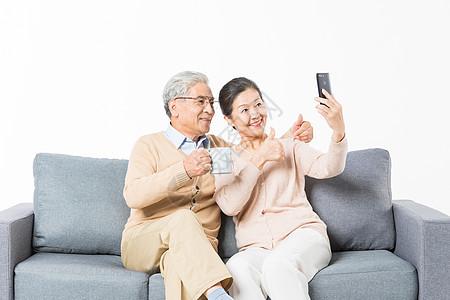 老年夫妻手机自拍图片