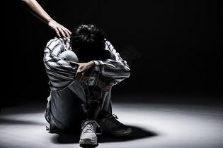 压力男性图片