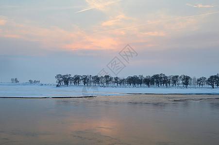 雾凇岛风景图片