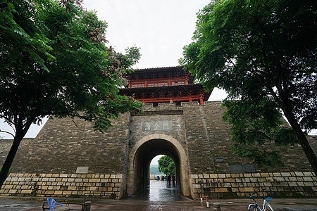 赣州古城楼picture