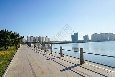 青岛黄岛海滨风光图片