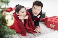 圣诞甜蜜情侣图片