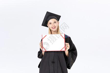 留学生手拿证书图片