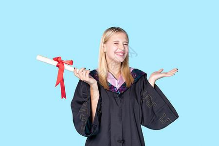 大笑的外国留学生图片