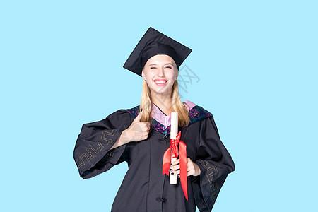 外国毕业生点赞图片