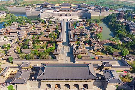 俯瞰湖北襄阳唐城影视基地全景图片