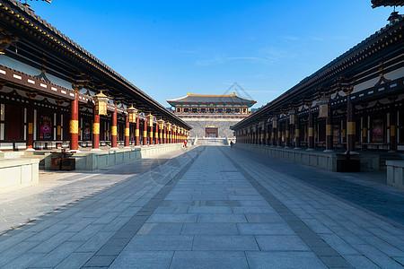 湖北襄阳唐城金銮殿图片