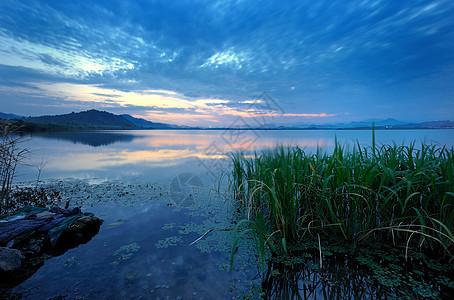 美丽的杭州余杭南湖图片
