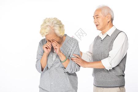 老年夫妻伤心形象图片