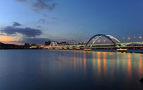 杭州钱塘江夜色图片