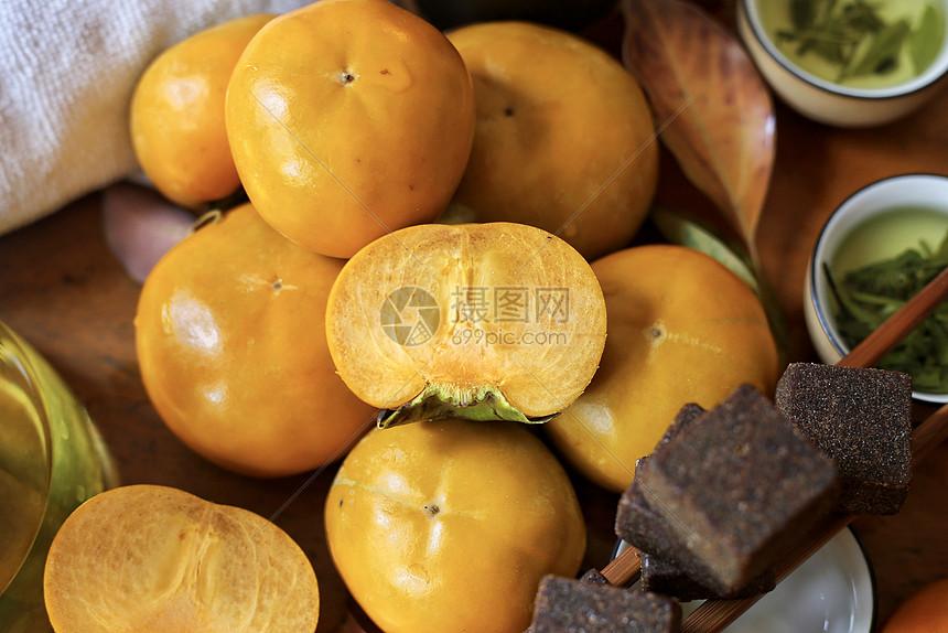 秋季柿子成熟的季节图片