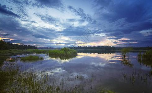 石林长湖湿地晚霞图片
