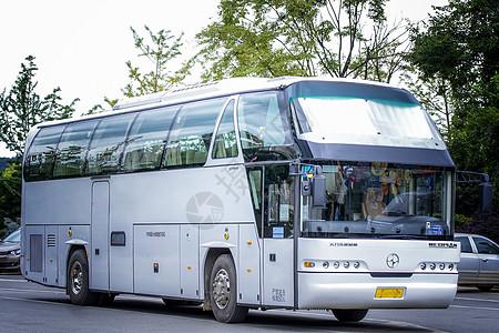 旅游交通大巴客车图片