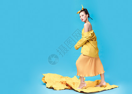 彩色时尚美女图片