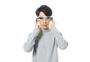 戴眼镜的科幻男性图片