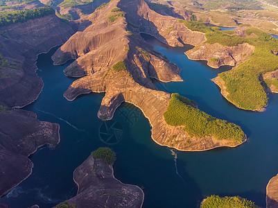 俯瞰湖南郴州丹霞地貌高椅岭图片