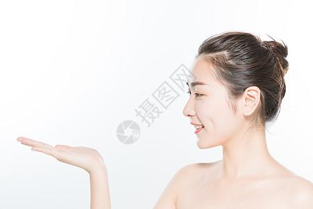 美妆女性手势展示图片