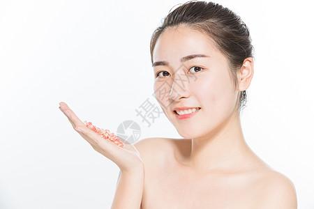 美妆女性护肤与石榴图片