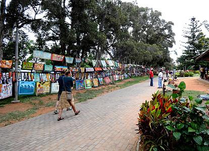 莫桑比克首都最大的当地艺术品市场图片