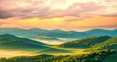 草原山峰壁纸图片