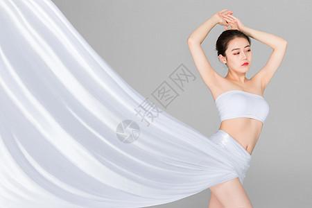 瘦身形体与丝绸图片