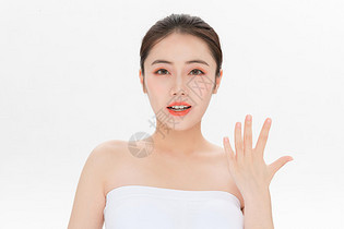 美容护肤第五步骤手势图片