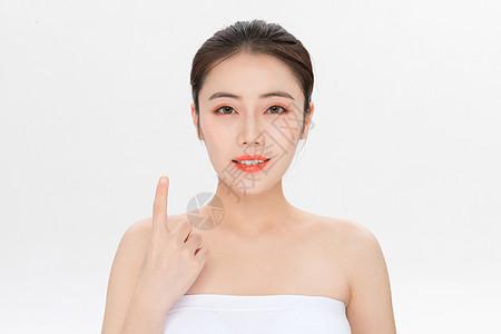 美容护肤第一步骤手势图片