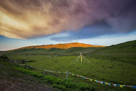 川西若尔盖草原暮色图片