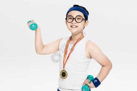 健身的小朋友图片