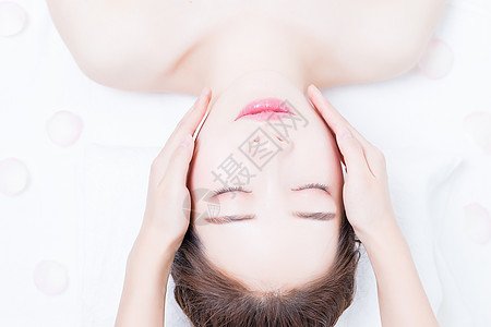 女性美容脸部护肤图片