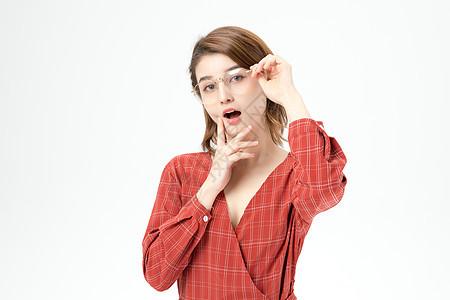 时尚女性夸张表情图片
