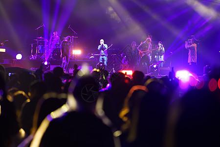 摇滚音乐节现场图片