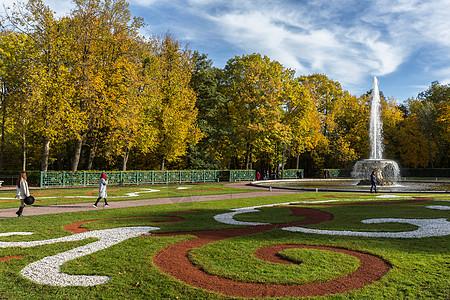 圣彼得堡夏宫下花园最美秋色图片