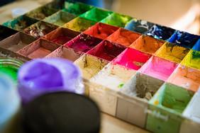 绘画颜料图片