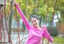 女性运动户外拓展图片