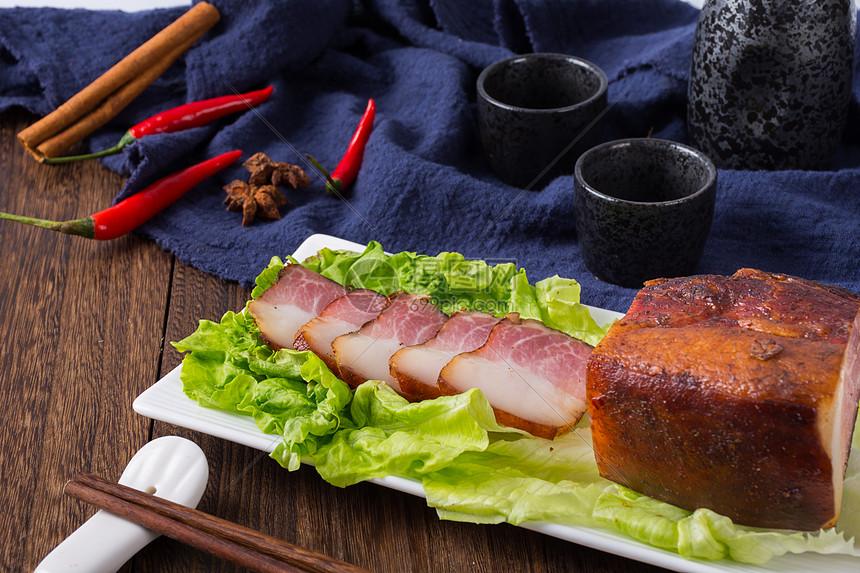 传统美食腊肉图片