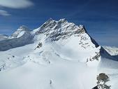 冰天雪地瑞士少女峰图片