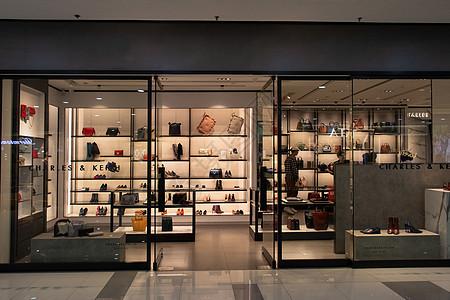鞋包店铺图片