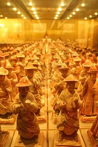 博物馆中壮观兵马俑图片