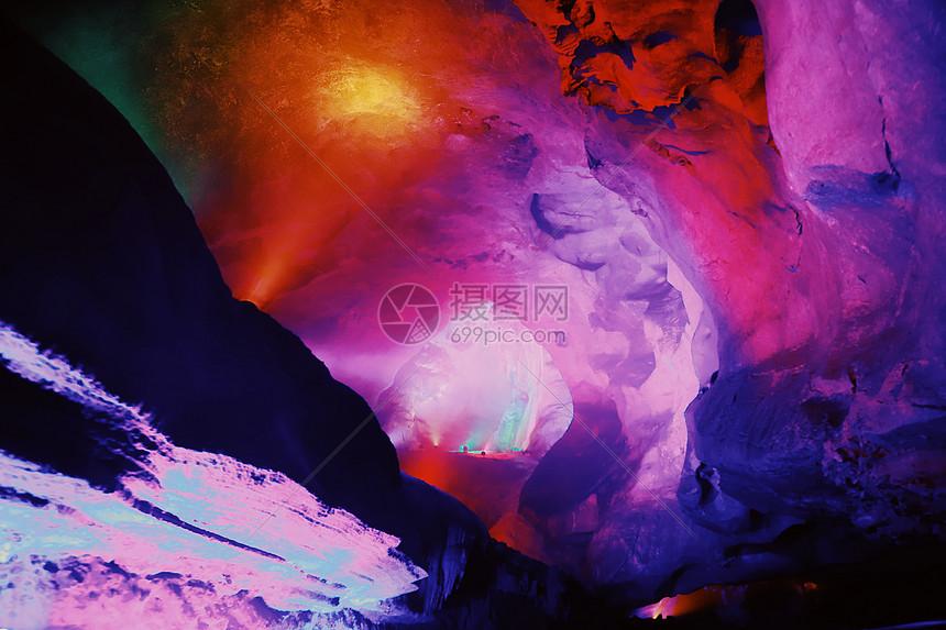 临安瑶琳仙境图片