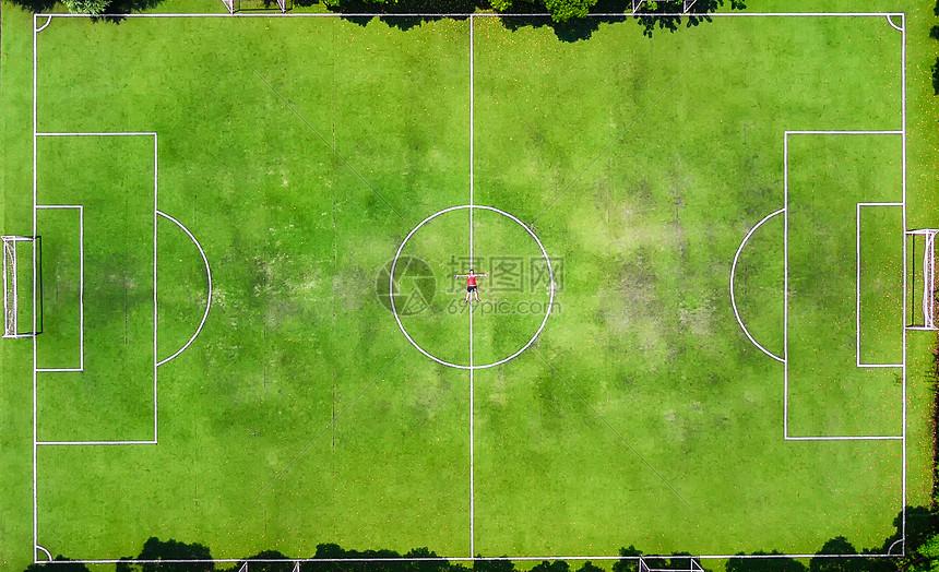 足球场航拍图片