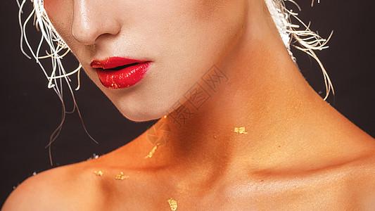外国美女性感唇妆图片