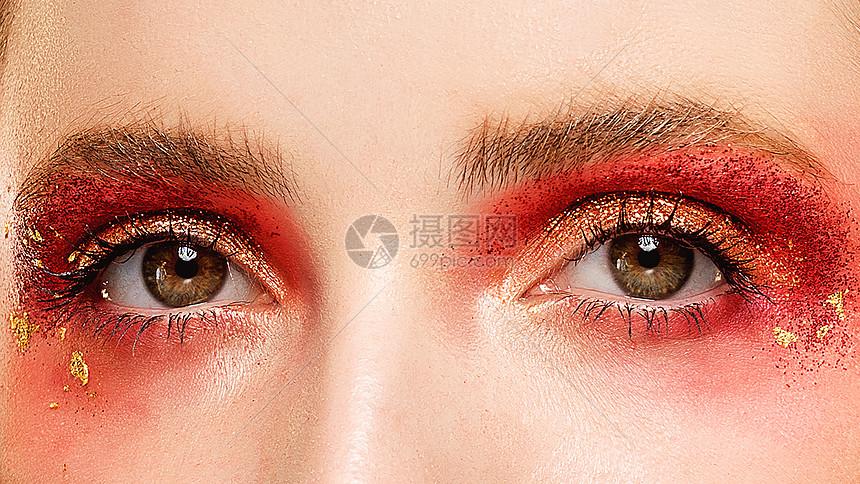 外国美女眼妆图片