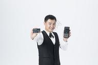 男服务员刷卡服务501104283图片
