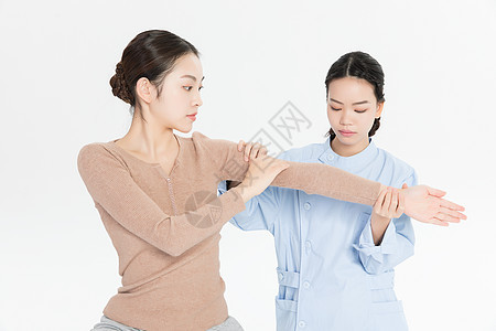 美女养生手臂按摩图片