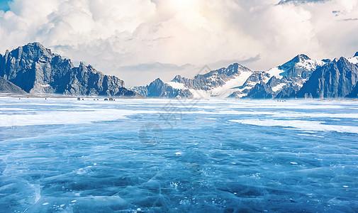 冬季结冰的水面图片