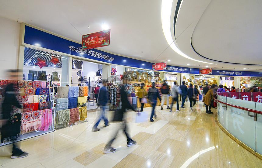 商场流动人群图片